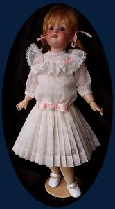 components_com_virtuemart_shop_image_product_Antique_doll_Dre_5503395e21052