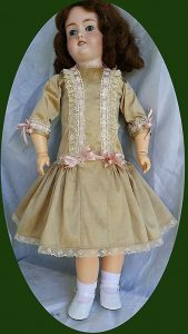 components_com_virtuemart_shop_image_product_Antique_Doll_Dre_5589cdb135fc4